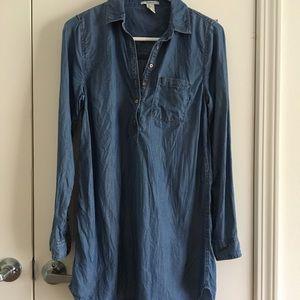 CHAMBRAY BUTTON-DOWN DRESS